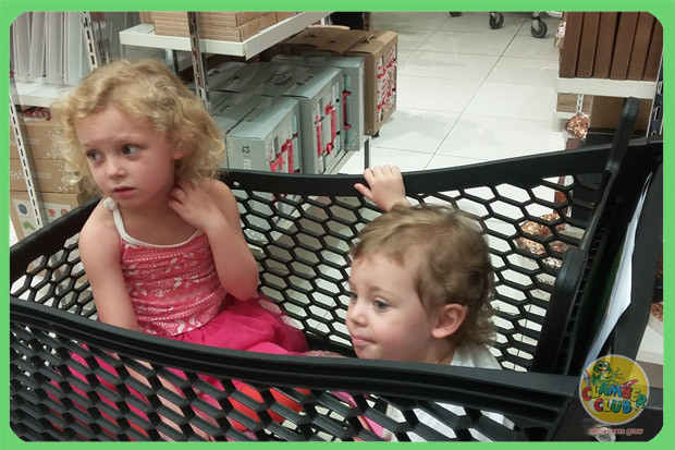 festive-shopping-05