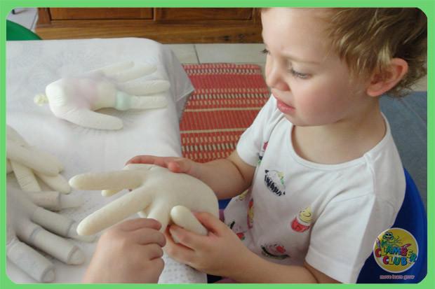 sensory-gloves-03